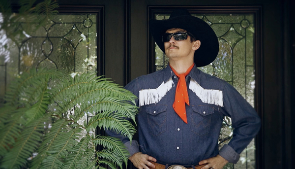Chris Farren goes off the grid in