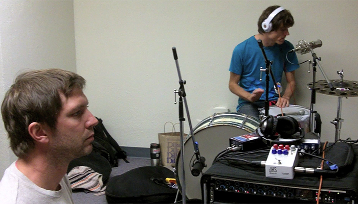 Deerhoof Release New Song -
