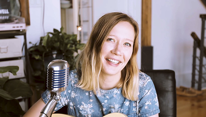 Julia Jacklin performed a beautiful live Buzzsession for The Wild Honey Pie